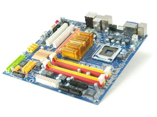Intel G45 IGP效能曝光 GIGABYTE GA-EG45M-DS2H主機板