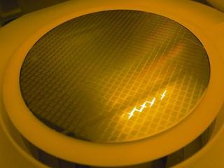TOSHIBA量產QLC顆粒及BiCS NAND 三年內數據中心SSD產品可達128TB