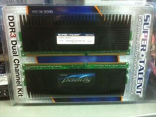 DDR3 2200速度、CL8延遲序 SUPER TALENT WS220UX4G8