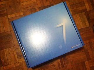 特大盒裝的 Windows 7 之迷? 會員獲贈的 Party Pack 內容揭曉
