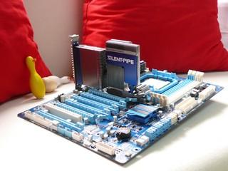 技嘉AMD800系列主機板超頻大賽 力壓他國對手  香港超頻玩家再奪冠軍