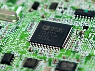 PC出貨量回升帶動IC晶片需求 錄得34%增長 終走出連續三年下滑窘境