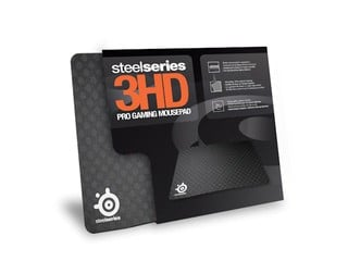 硬料塑膠材質、微細反光點 SteelSeries 3HD電競滑鼠墊