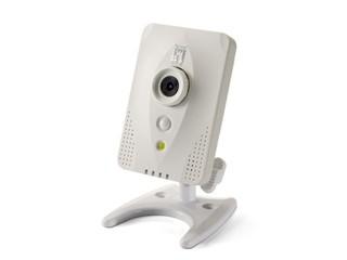 小巧設計、支援全天候監察 LevelOne FCS-0031網絡攝影機