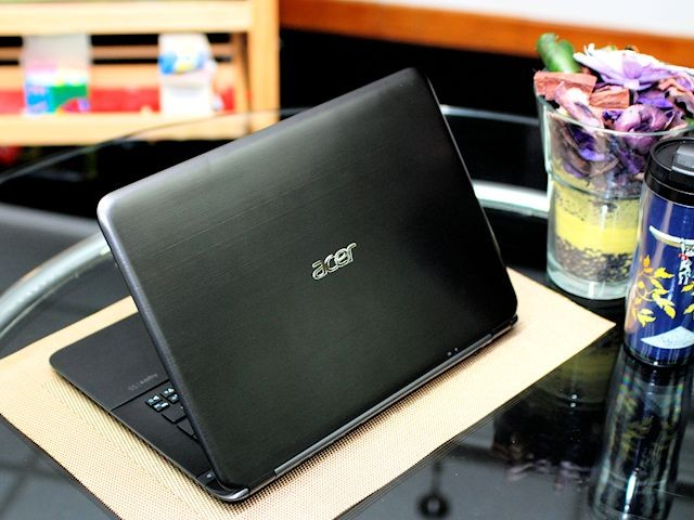 Acer S5 cover2
