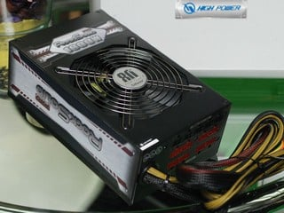 雙路+12V提供1560W High Power RockSolid Pro 1600W