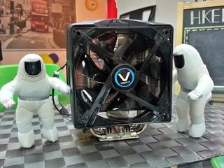 採用均熱板設計、快速散熱 SAPPHIRE VAPOR-X UNIVERSAL