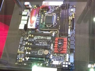 針對高效超頻玩家 QOOLTECH II散熱 ECS Z87H3-A2X EXTREME主機板