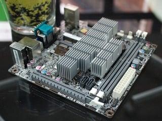 低功耗HTPC平台 ECS KBN-I/2100 Mini-ITX主機板