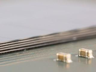 Micron 2GB混合式内存立方樣品付運 明年底將量產 2GB和 4GB HMC設備