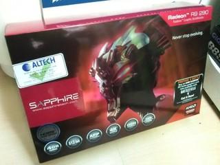 比較普通版本價格僅貴港幣$100 Sapphire Radeon R9 BF4版已經有售