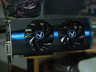 預設超頻、VAPOR-X散熱 Sapphire VAPOR-X R9 270X OC