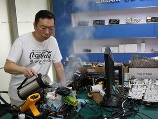 Galaxy 780 Ti HOF v2.0達成2GHz時脈 打破EVGA壟斷3DMark世界紀錄局面