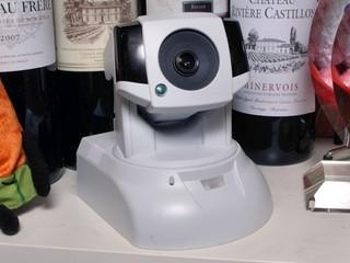 高質監控、手機設定方便 COMPRO TN920W 網路攝影機