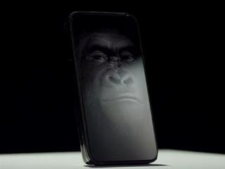 堅硬程度提升兩倍 完美保護屏幕 Corning Gorilla Glass 4 強化玻璃