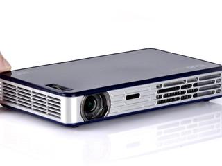 主動式3D投影技術 最大可投放至120吋 CooLux X3S精英版 便攜式LED投影機
