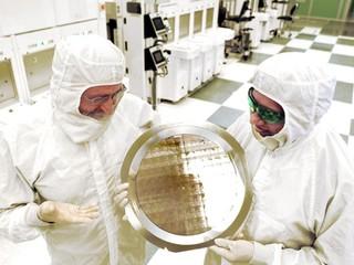 逐漸迫近僅 2.5nm 尺吋的人類DNA IBM 發佈突破性 7nm 工藝制程技術