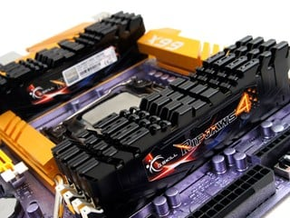 容量優先!! DDR4 128GB Kit G.SKILL F4-2400C14Q2-128GRK模組