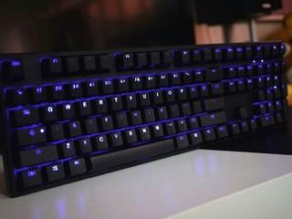 炫目鍵盤背光效果 觸感大提升  Ducky One DK1508S 簡約機械式鍵盤