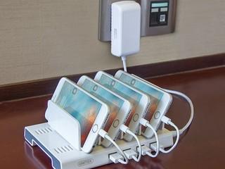 具 BC1.2 智能安全快充技術 Unitek Y-2187A 4-Port USB 充電底座