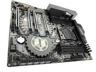 解構 INTEL X299 平台 ASROCK X299 TAICHI 主機板