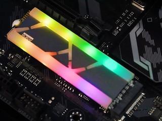 全球首款RGB同步M.2 SSD KLEVV CRAS X RGB 記憶體/SSD 系列