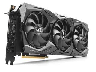 全新 TU104 繪圖核心 ASUS ROG STRIX GeForce RTX 2080