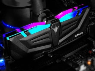INNO3D 出 RAM !? iCHILL RGB DDR4-3600 16GB Kit AURA