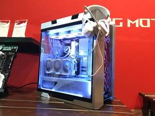 【CES 2020】ASUS 超級白狂熱 !! ROG Strix White Edition 機箱/水冷/主機板/電源