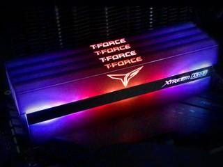 光學反射 !! 全鏡面 ARGB 燈效 TEAM T-FORCE XTREEM ARGB DDR4 記憶體