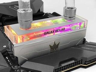 值得珍藏 !! 全球限量 50 套  Galax HOF OC Lab D4-4400 C19 16GB 記憶體
