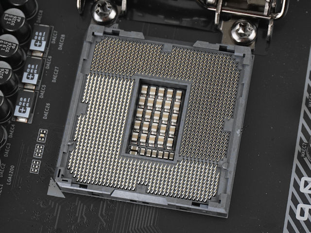GIGABYTE Z490 AORUS MASTER 主機板
