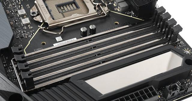 MSI MEG Z490 GODLIKE 主機板 評測