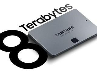 【採用 QLC NAND、 2880TB 寫入壽命】 Samsung 870 QVO SSD 8TB 賣 899.99 美元