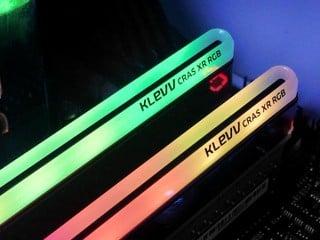 無邊角環型 RGB 燈條 KLEVV CRAS XR RGB DDR4-4000 16GB Kit