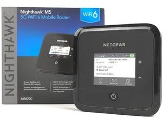 村屋唐樓救星、商務網絡共享 NETGEAR Nighthawk M5 5G Wi-Fi 蛋實測