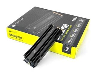 升級 E18 控制器、極速 7GB/s CORSAIR Force MP600 PRO NVMe  M.2 SSD