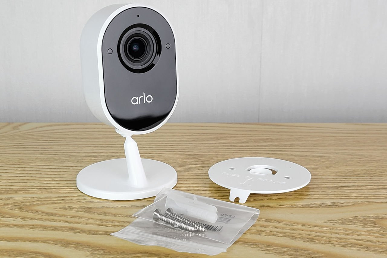 Arlo Essential Indoor 室內網絡攝影機