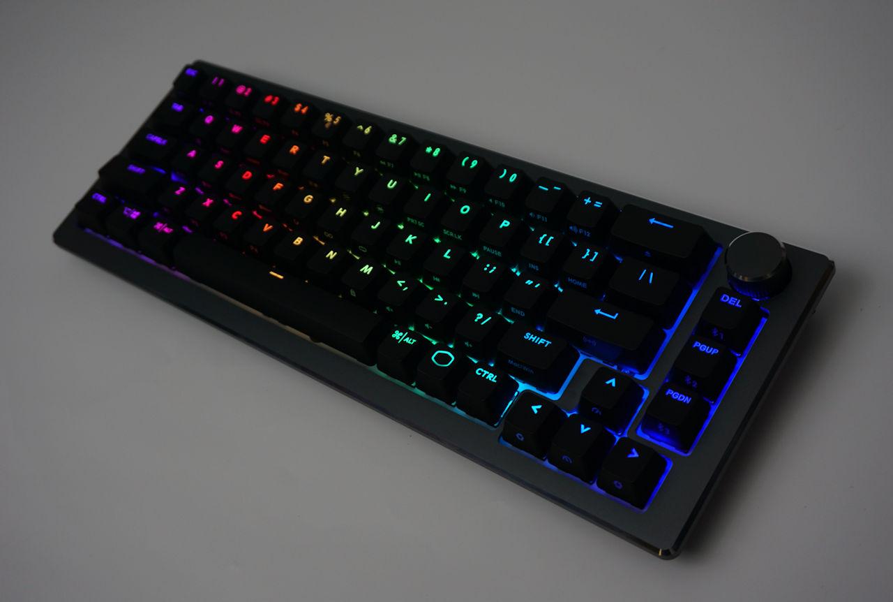 Cooler Master CK721 混合式無線鍵盤
